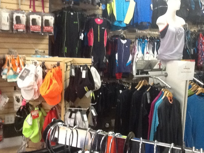 #100happydays Day 9  Shopping for new running clothes at Running Free.